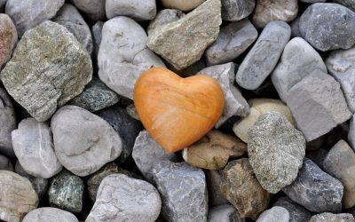 12 tapaa käyttää kiveä pihassa